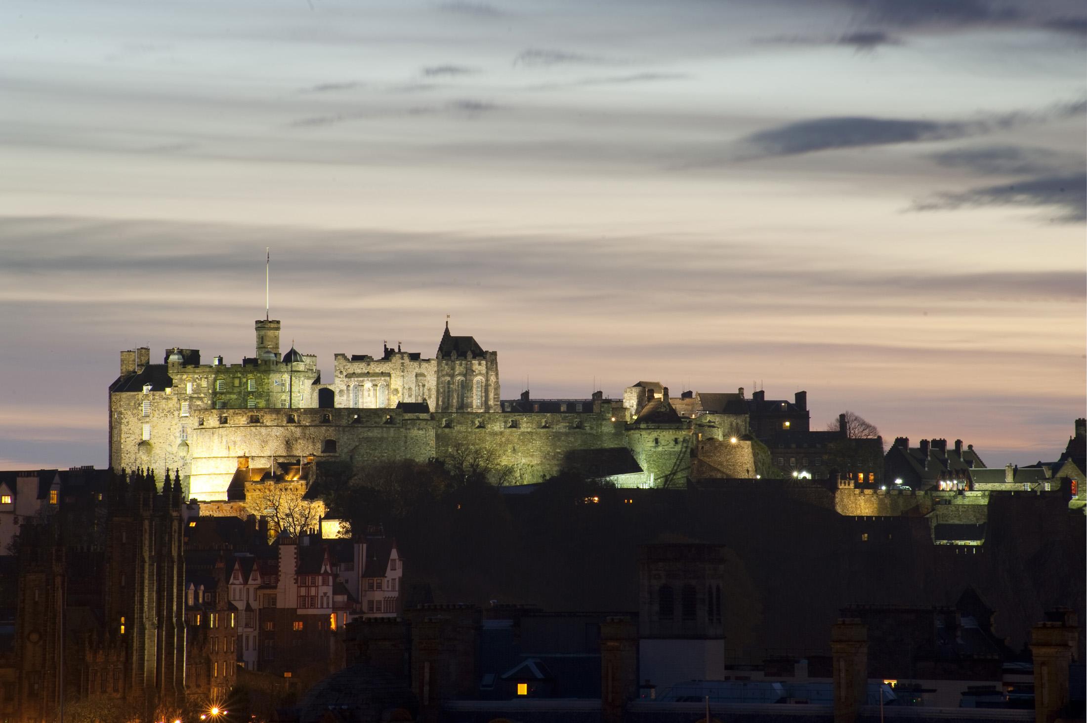 castle in Edinburgh, budget hotels in Edinburgh, budget hotels Edinburgh